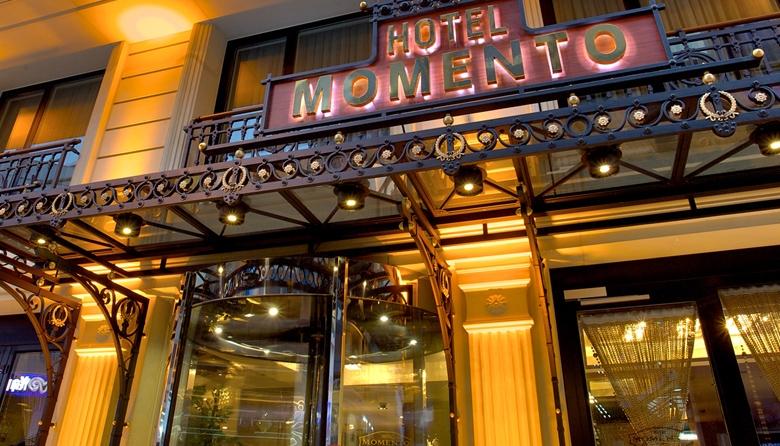 Momento Hotel