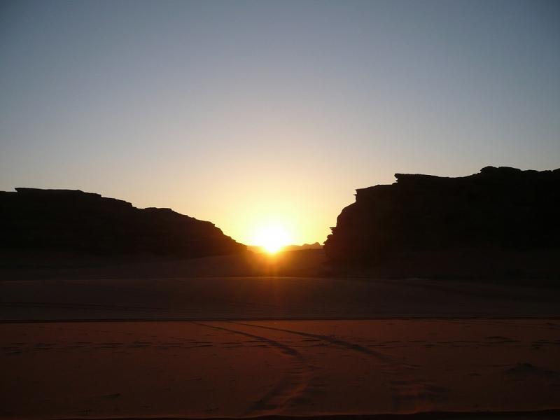 Tramonto su Wadi Rum