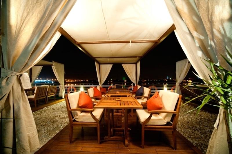 Farah Nile Cruise Sundeck