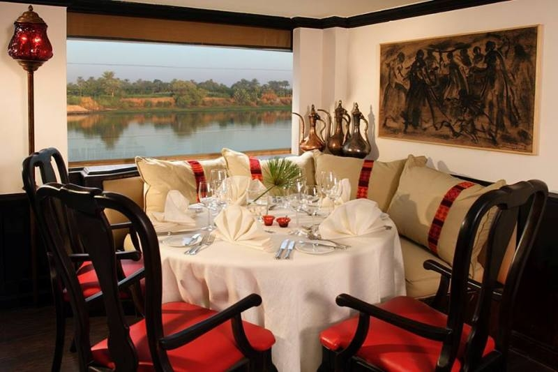 Sanctuary Sun Boat III Restaurant
