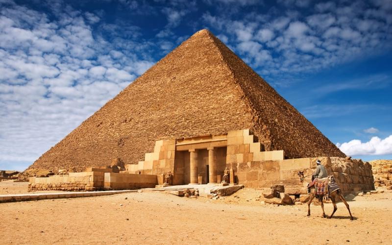 La Piramide di Cheope, L'unica Meraviglia Esistente