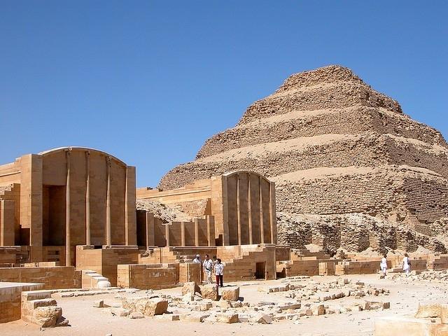 Pyramide à degrès, Saqqarah
