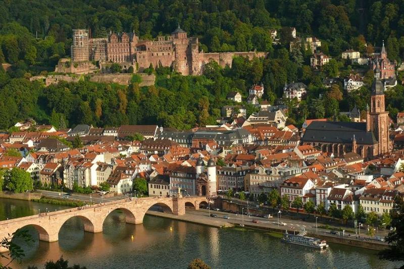 Tour to Heidelberg and Schwetzingen