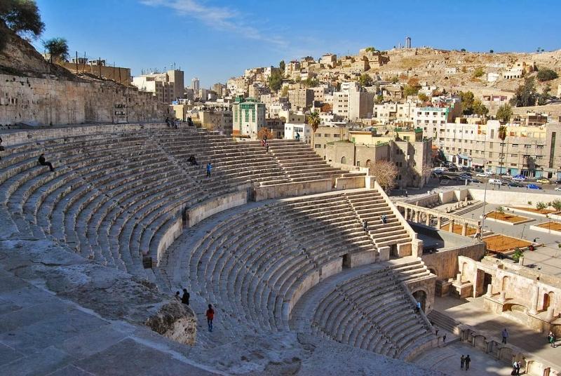 Teatro Romano, Città di Amman