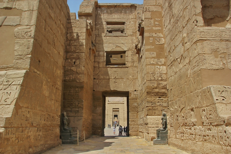 Entrance of Habu Temple