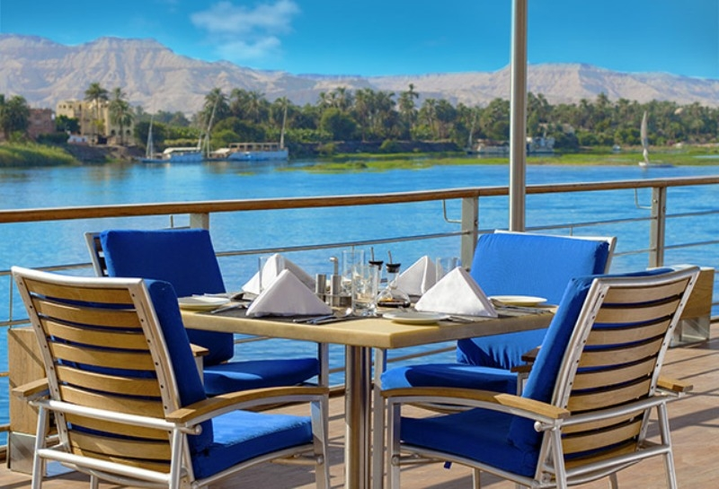 The Oberoi Zahra Sundeck Restaurant