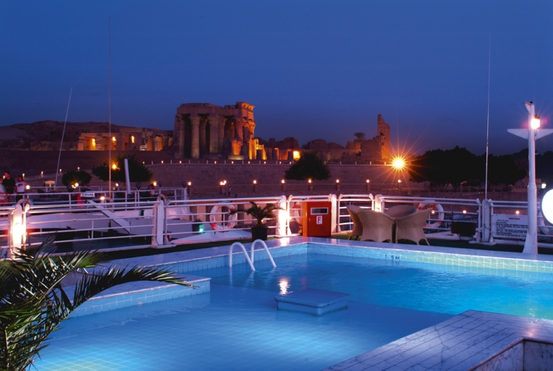 Mövenpick Sunray Nile Cruise Sundeck
