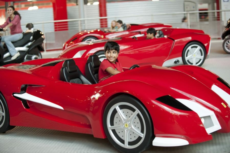 ferrari world abu dhabi abu dhabi ferrari world abu dhabi things to do. Black Bedroom Furniture Sets. Home Design Ideas