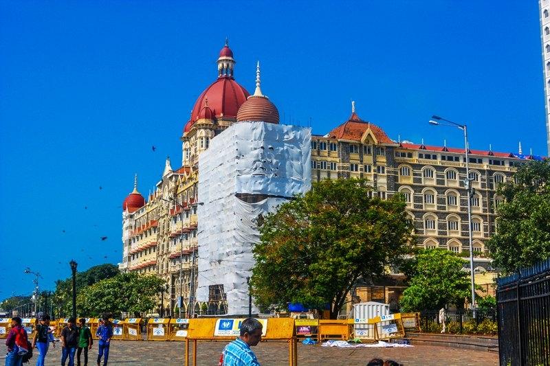 Mumbai Tourist Guide