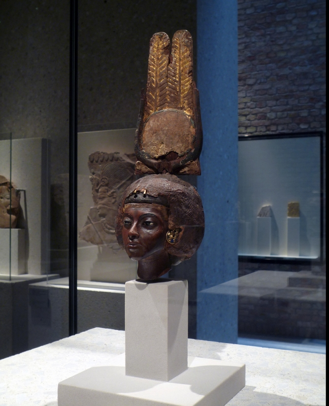 Head of Queen Tiye, Amarna Period, Berlin Museum