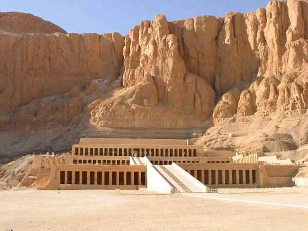 Hatschpsut in Deir El Bahary