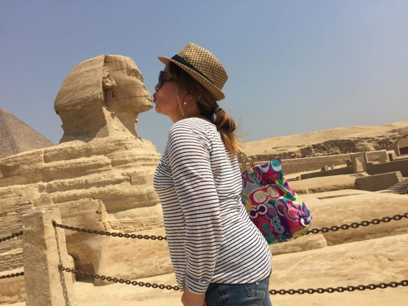 Funny moments at the Sphinx, Giza