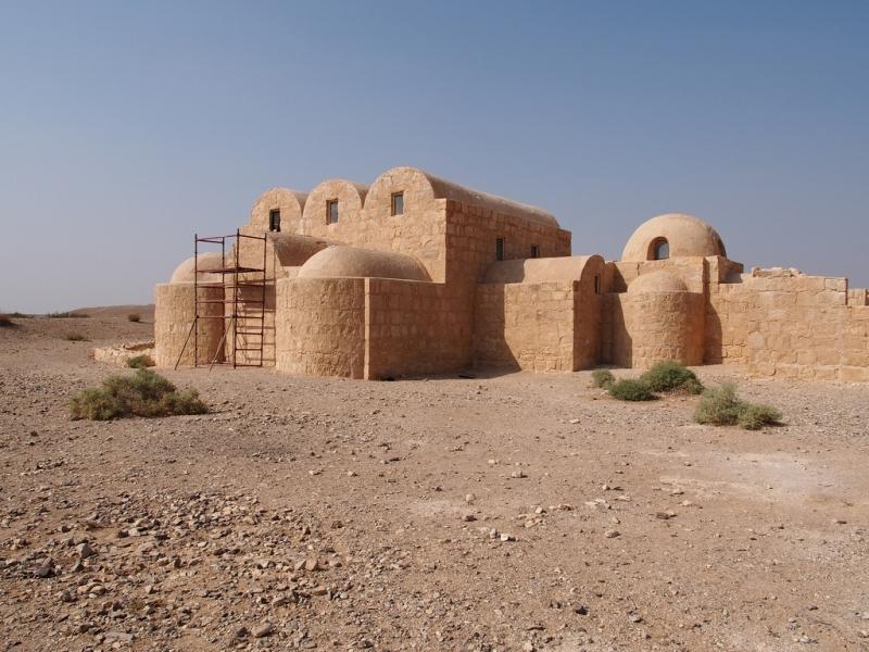 ヨルダンの砂漠の城「カスルアムラ」
