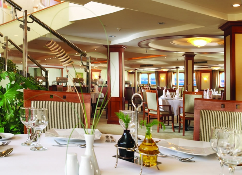 Discover Mövenpick MS Royal Lotus Cruise in Christmas