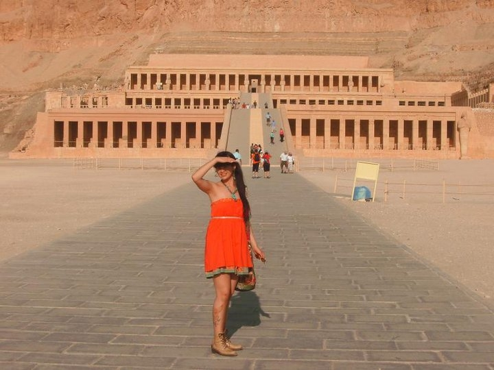 Hatsheosut Temple, Luxor