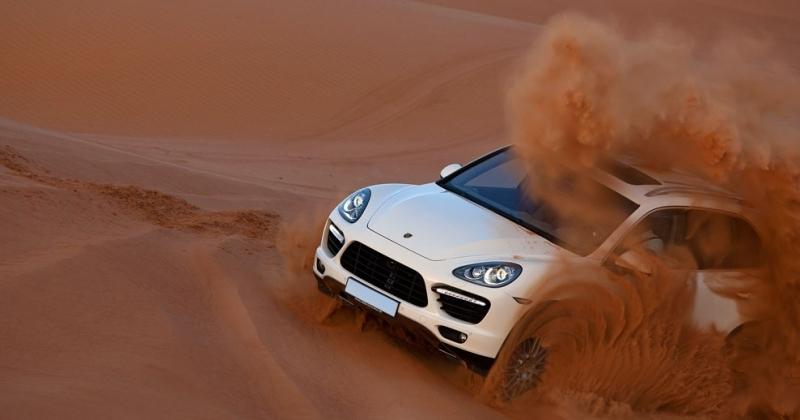 Excursion dans le désert de Dubaï au matin