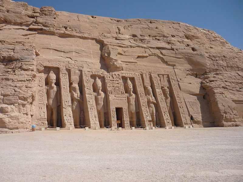 Façade du petit temple, Abou Simbel