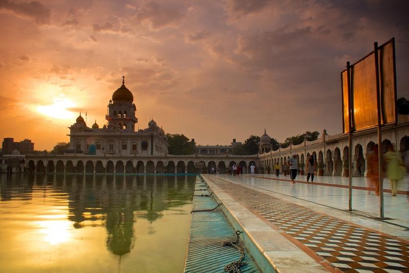 Anochecer en el Templo Sikh, Delhi