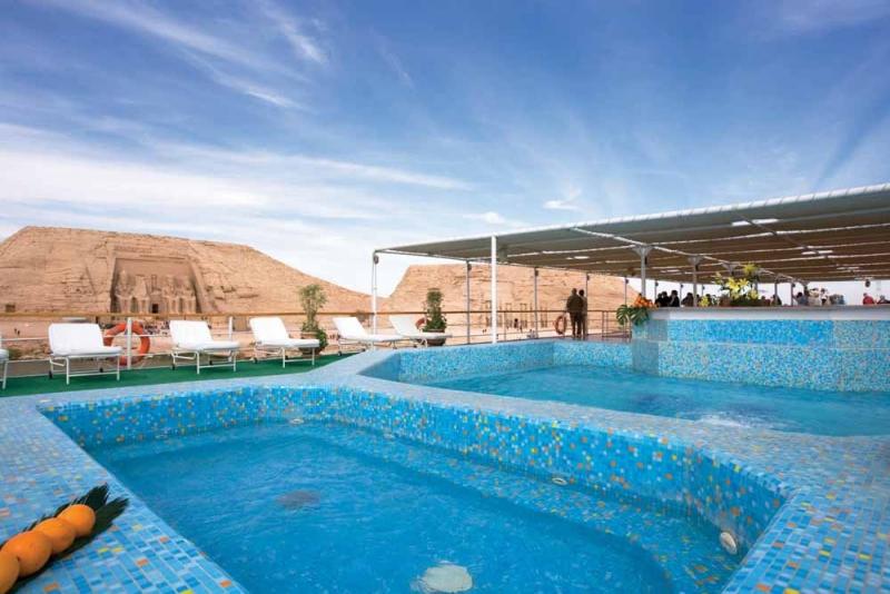 Movenpick Prince Abbas Pool