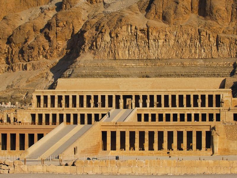 Tempio Funerario di Hatshepsut, Riva Ovest