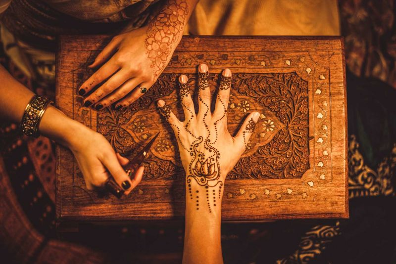 Henna Painting Folklore