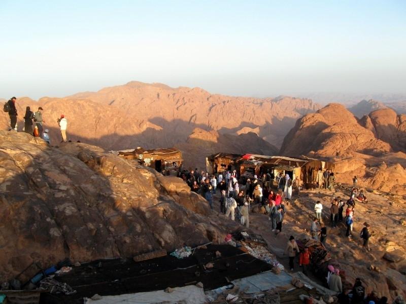 Sainte Catherine et Mont Sinaï depuis Taba