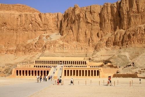 Tour ao Egito, Cruzeiro pelo Nilo e Jordânia
