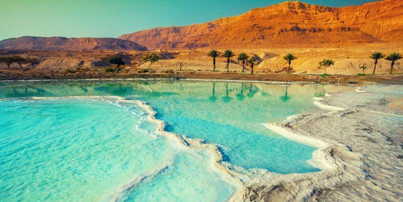 Petra e`il paradiso della giordania da visitare .