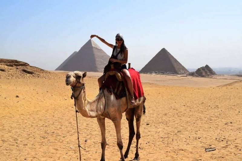 Day tour to Giza Pyramids, Dahshur and Sakkara