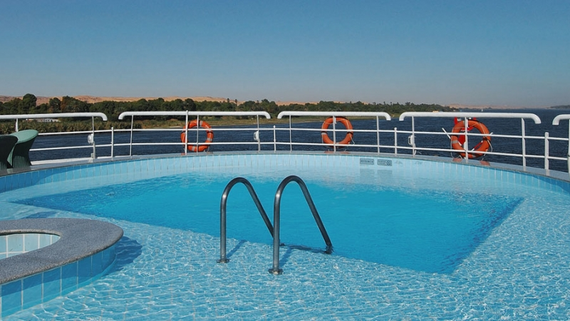 Hamees Nile Cruise Pool