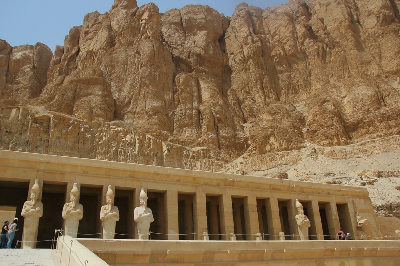 Statues at Hatshepsut Temple