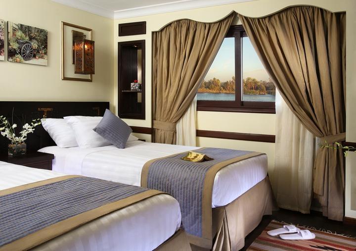 Sonesta Amirat Twin Bed Cabin