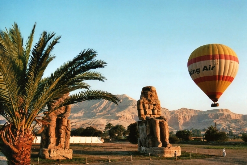 The Colossi of Memnon and Hot Air Balloon Ride