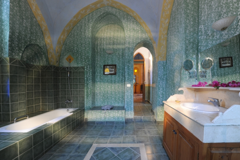 Hotel al moudira luxor for Bathroom designs egypt
