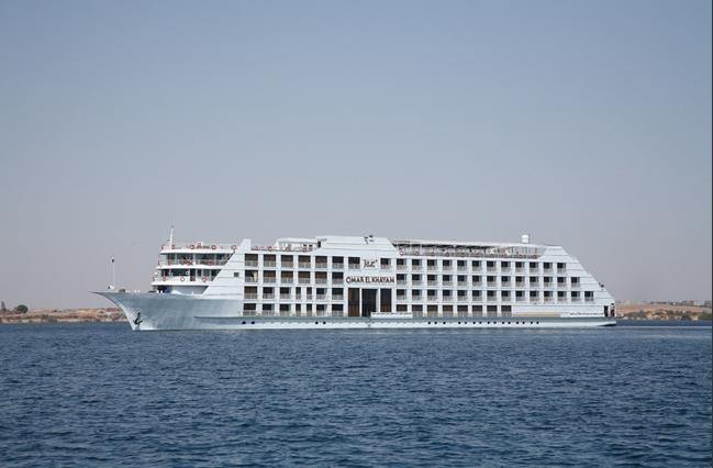 MS Steigenberger Omar El Khayam en navigation