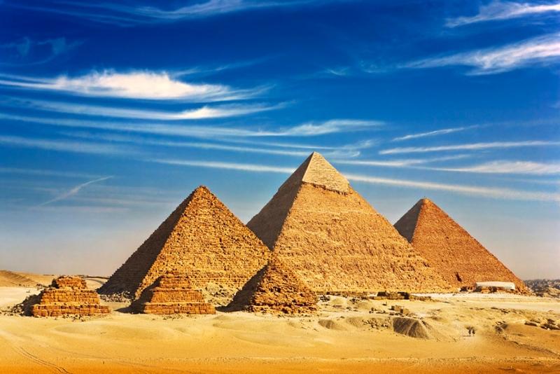 As Pirâmides de Gizé, Egito