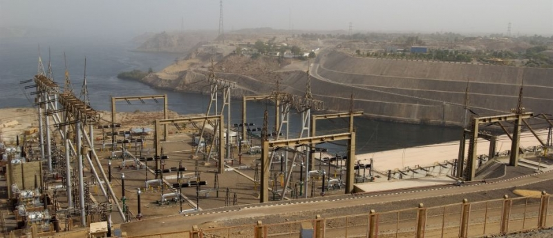 A Barragem Alta, Aswan