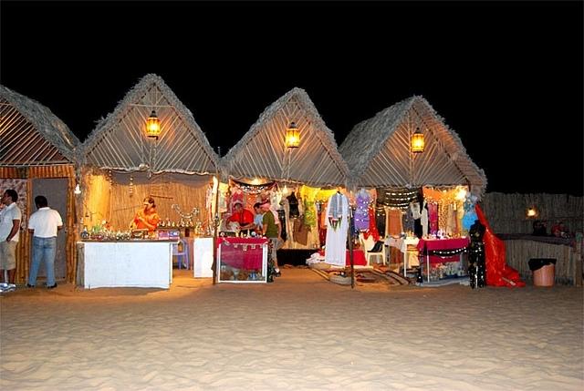 Diner bédouin, désert de Dubaï