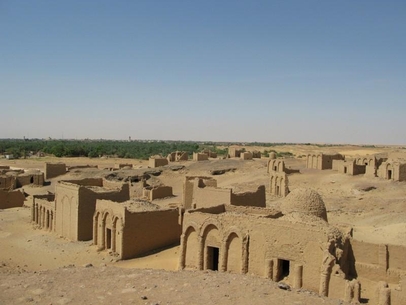 Al-Bagawat,necròpolis cristiana en Oasis de Kharga
