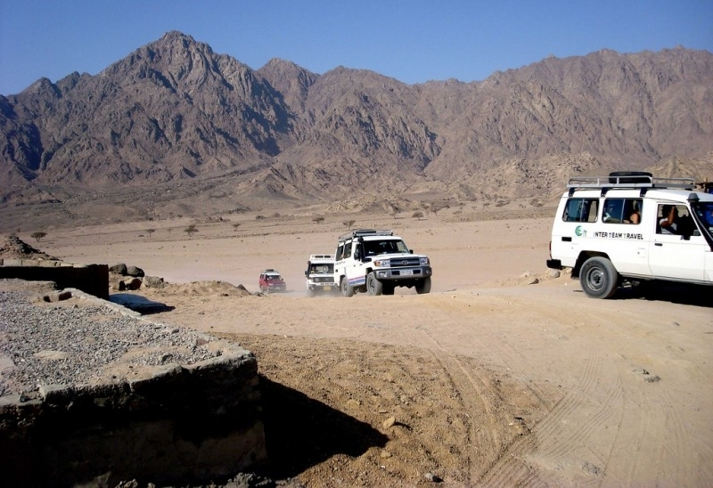 Desert Safari by Jeep 4X4 WD in Makadi Bay