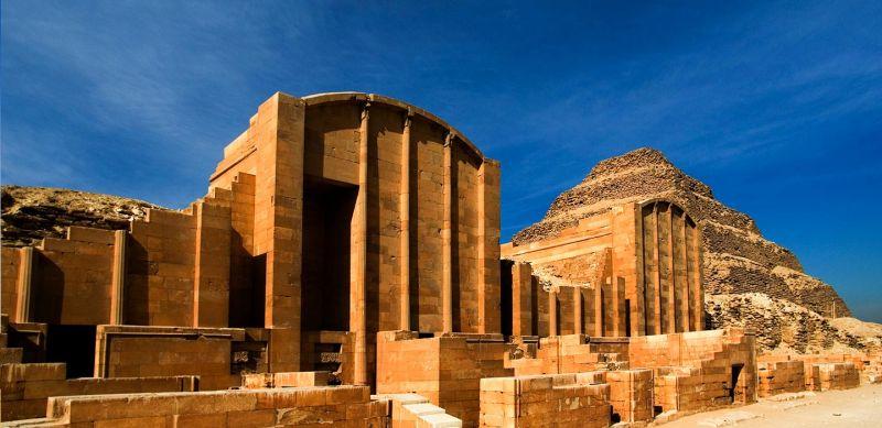 Necropoli di Giza: il complesso di antichi monumenti egiziani