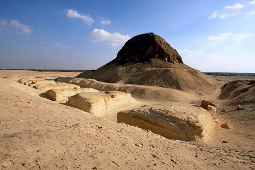 Pyramide El Lahoun