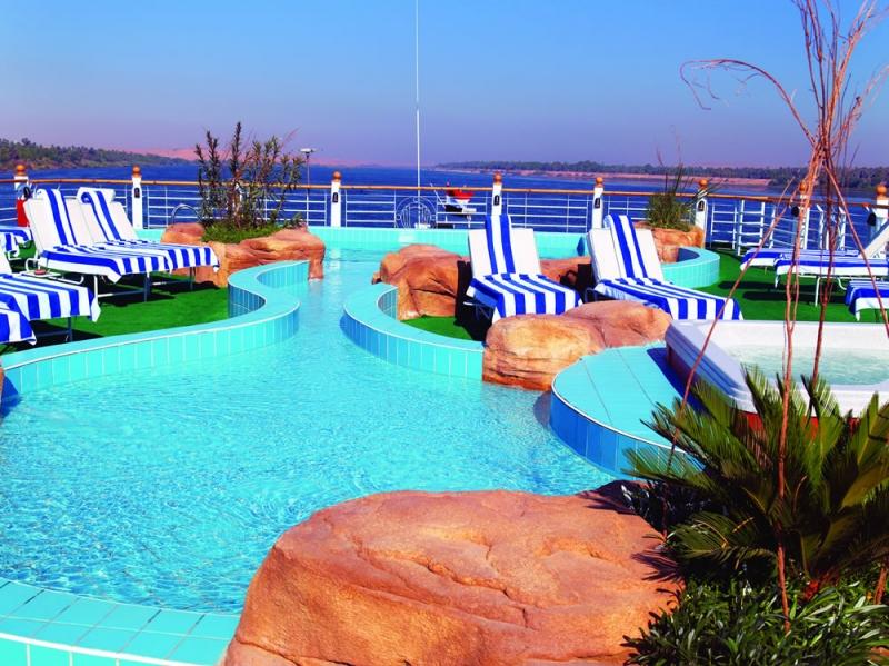 Piscina Crucero Nilo