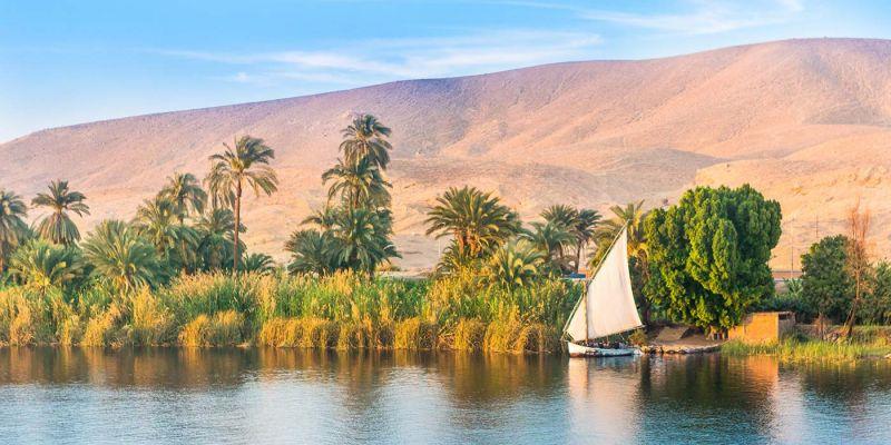 La Riva Est di Luxor