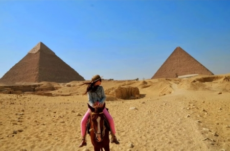 Horse Ride around Giza Pyramids