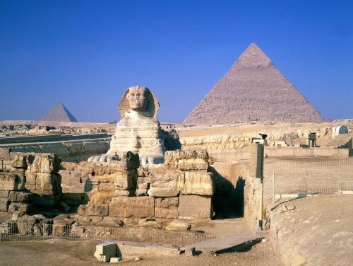 As Pirâmides e a Esfinge