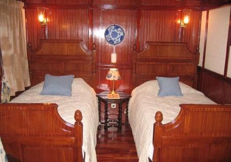 Zekryaat Dahabiya Nile Cabin