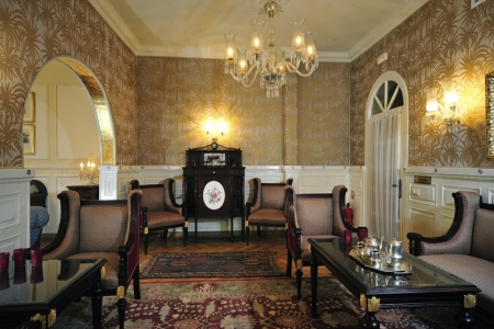 Villa Salon