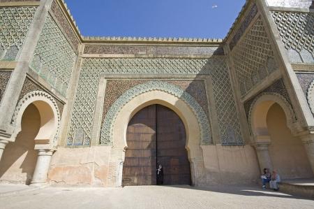 王都の入口に建つマンスール門、モロッコ