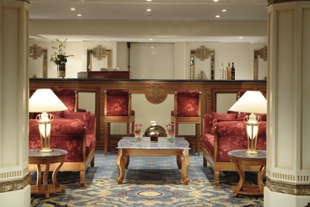 Sonesta St. George Nile Cruise Bar Lounge